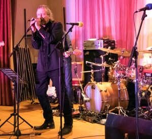 ROBERT PLANT ON STAGE AT FRANK FREEMAN REUNION/RECORD STORE RELEASE/LEADBELLY GIG/ PHYSICAL GRAFFITI MORE FEEDBACK/DL DIARY UPDATE
