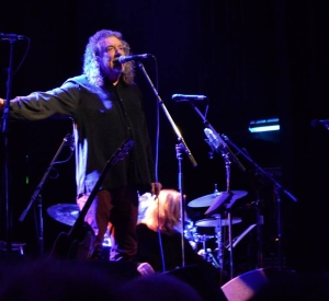 ROBERT PLANT ON THE OCCASION OF HIS BIRTHDAY /SAVING GRACE GIG/LZ NEWS/JIMMY PAGE & ROBERT PLANT MTV UNLEDDED 25 YEARS GONE – TBL ARCHIVE PART ONE/ATLAS TBL GATHERING/ WORD PODCAST/DL DIARY BLOG UPDATE